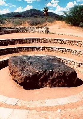 Bienvenidos al nuevo foro de apoyo a Noe #272 / 03.07.15 ~ 09.07.15 - Página 5 Meteorit-hoba