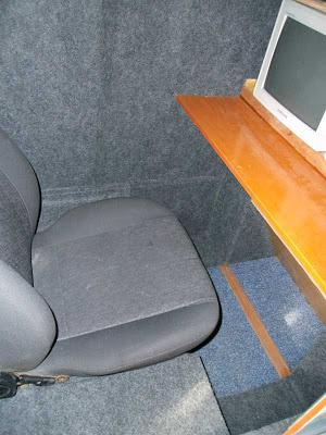 Home cockpit sendo construído com material reciclado... 16carpete1