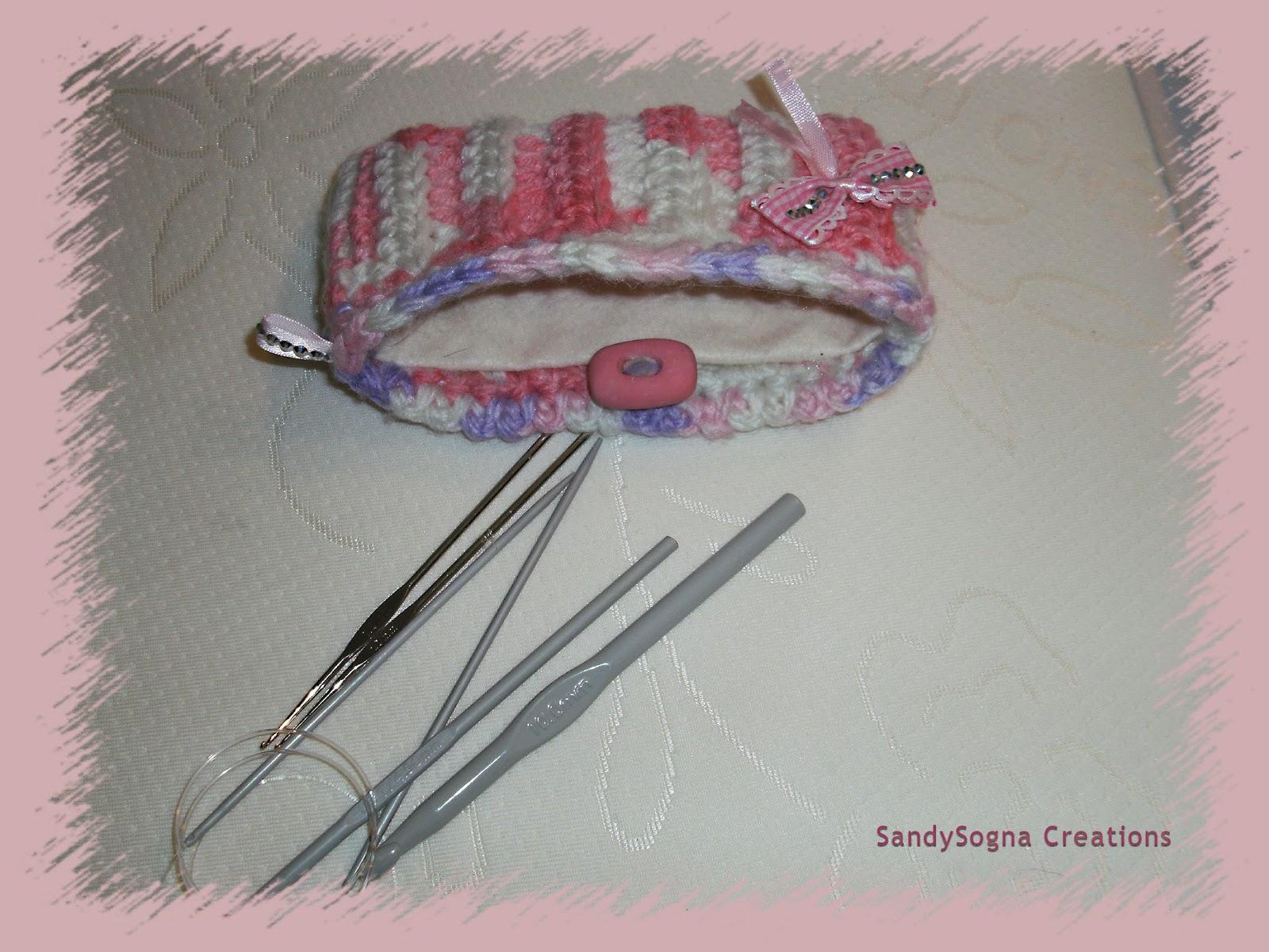 Pochette porta uncinetti con lana in esubero. Aggiornamento set completo POCHETTE1