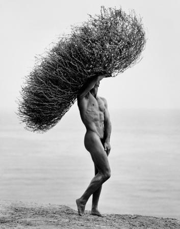 Fotografia nud - arta sau pornografie? - Pagina 33 013_herb-ritts_theredlist