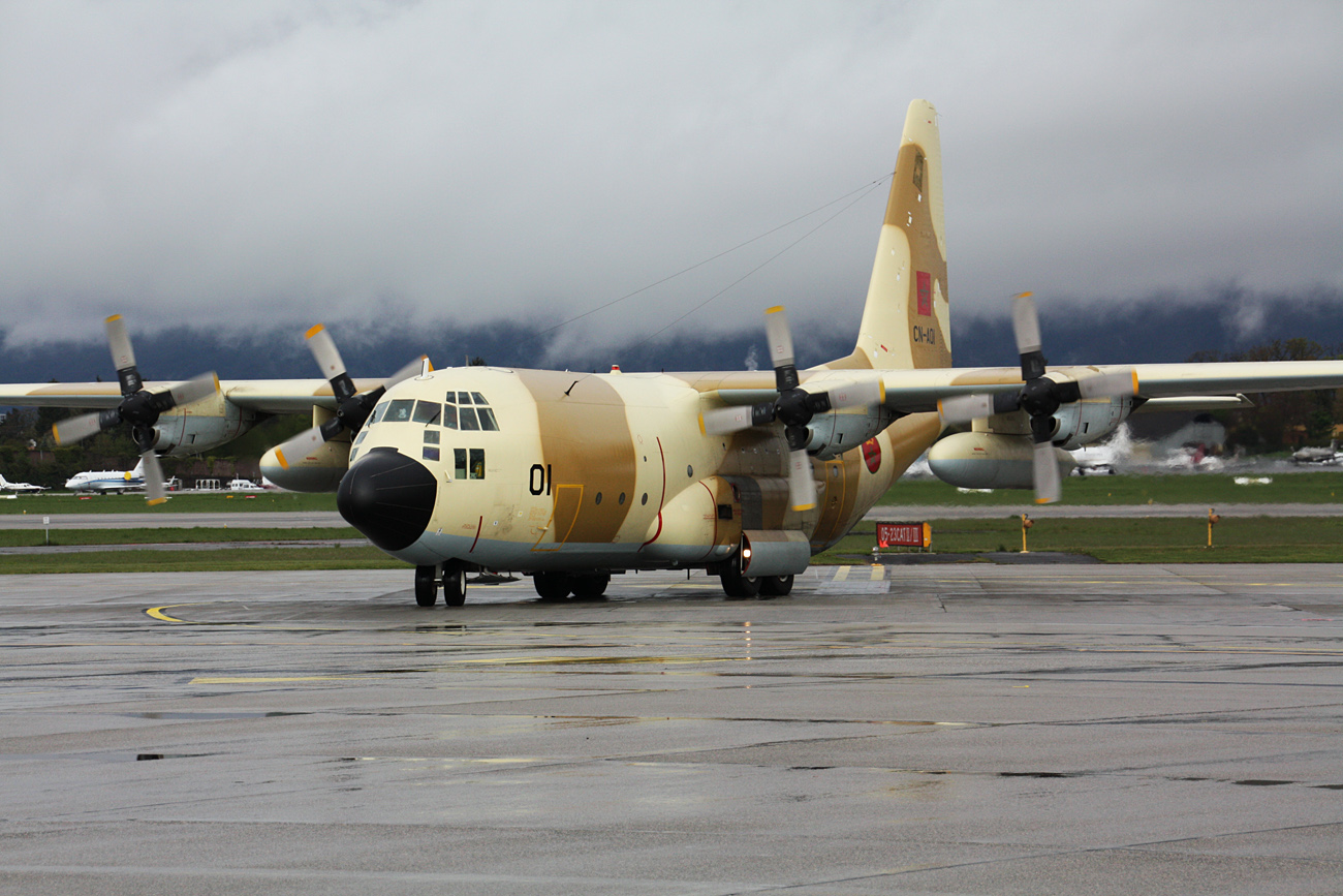 FRA: Photos d'avions de transport - Page 13 028