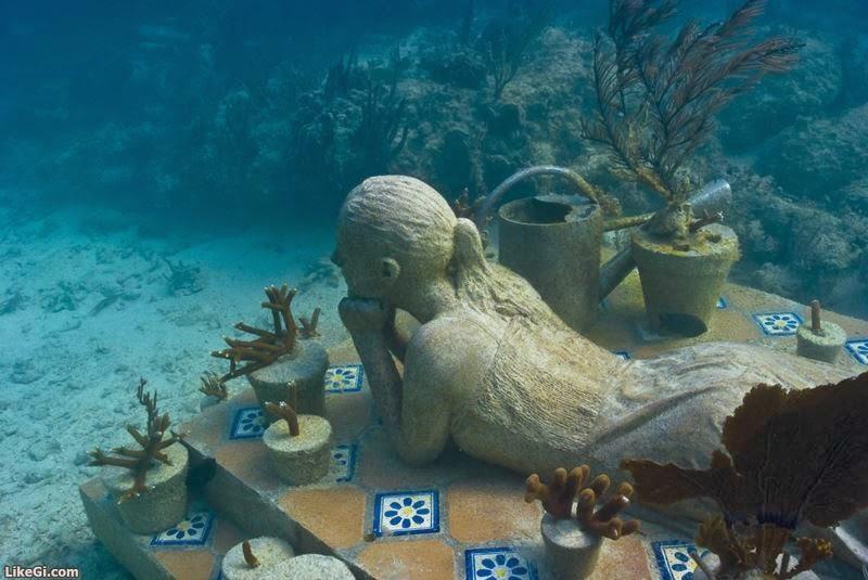 Podvodne skulpture - Page 3 LikeGi.com-20140328-091436-95
