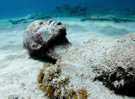 10 Statues Found By Deep Sea Divers! Underwater%2520slave%2520sculpture%2520471-081912