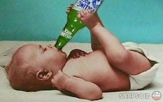 Beyonce em biquíni causa polémica Baby_drinking-10970