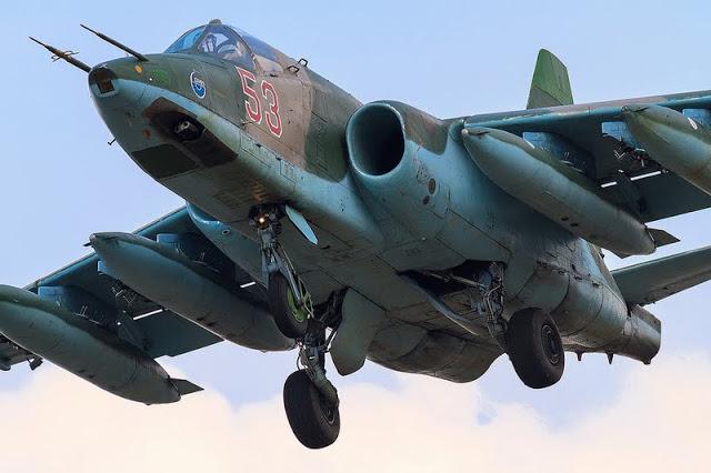 Sukhoi Su-25 (monoplaza, bimotor de ataque a tierra, apoyo aéreo cercano y antitanque Rusia) 8685341014_259ff00870_b