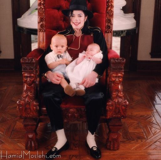 Novas fotos da infância de Prince e Paris Usaby4ym