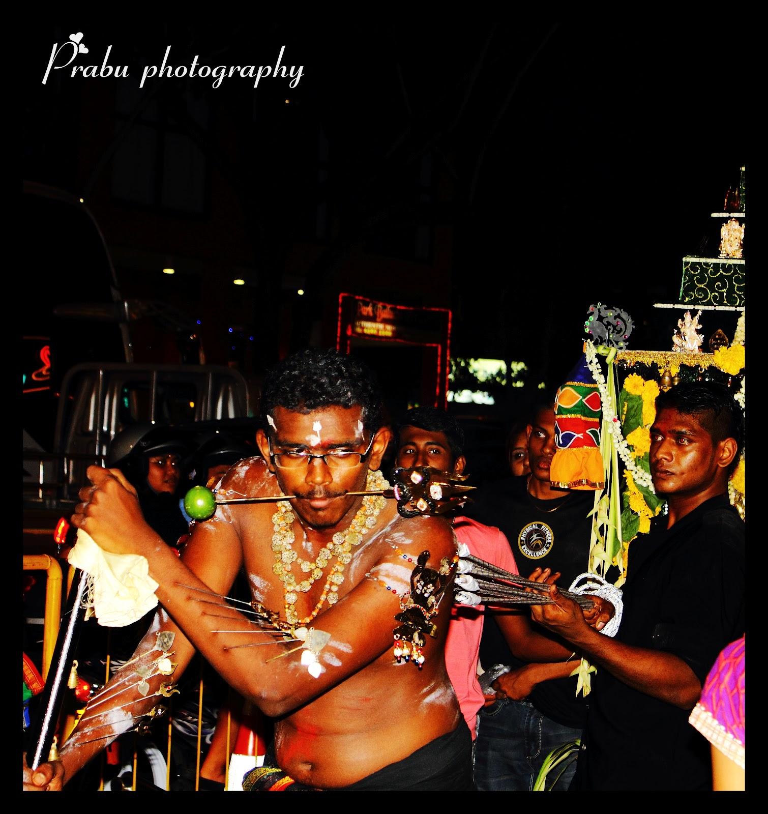 சிங்கப்பூர் தைப்பூசம் 2012 (புகைப்படங்கள்)-பகுதி-1 IMG_5190-1
