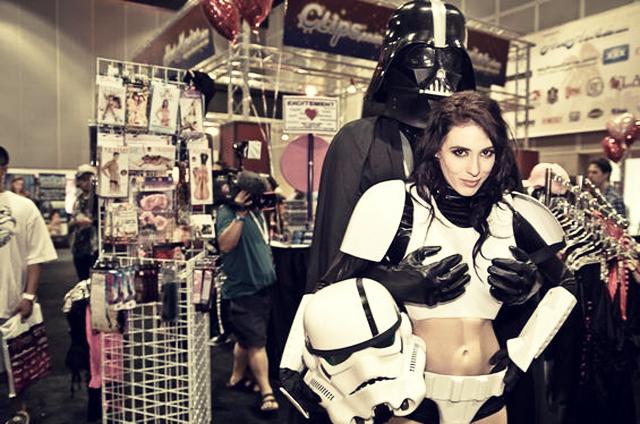 Happy Birthday Oscar (M4K3R1) Darth-Vader-breasts-stormtrooper-sexy-starwars