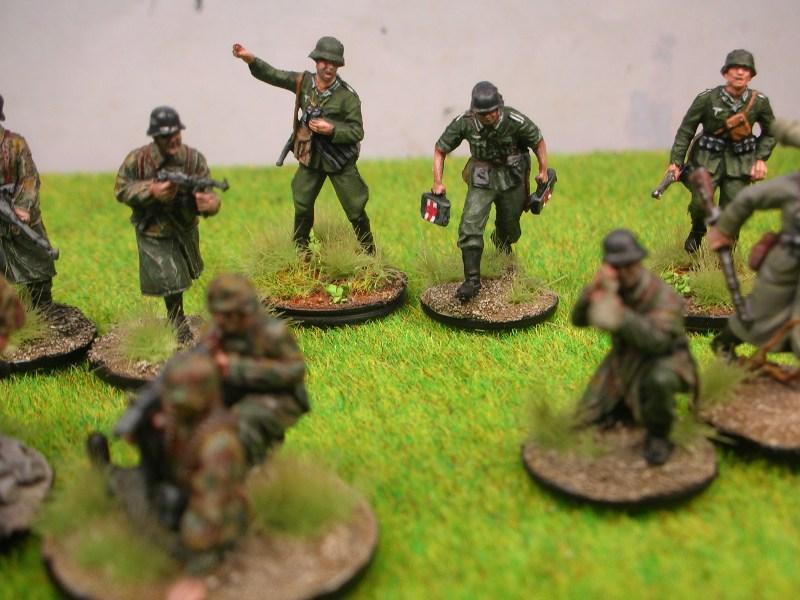 1-72 Deutsche 1944 ZweiterTruppHP5