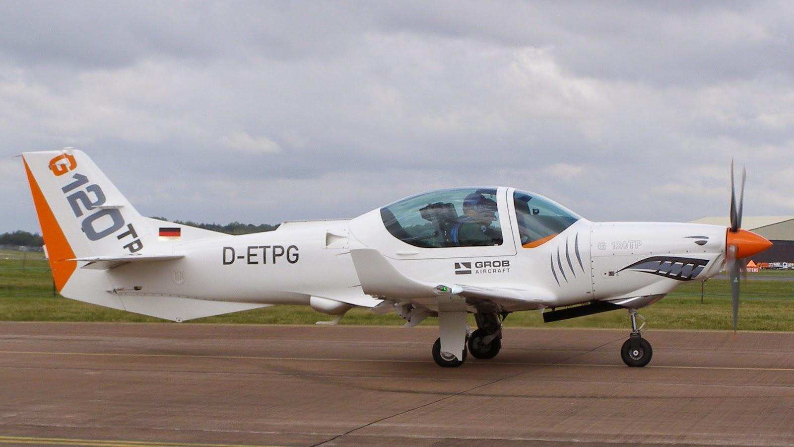 aeronaves - La Fuerza Aérea Mexicana compra 25 aeronaves turbohélice Grob G120TP. - Página 5 Grob120-D-ETPG