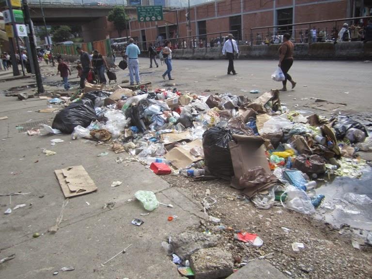Luego de 16 años de revolución Caracas y la Guaria lucen muy mal  IMG_9482