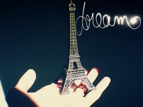 Paris city of love Tumblr_lk2v33FKlC1qgyfdio1_500_large