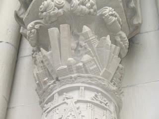 """La plus grande imposture de ce monde a été fomentée depuis la Nuit des temps, un secret gardé par les """"initiés"""", annoncé par les hommes modernes et à la veille d'être révélé  St-john-the-divine-cathedral-the-destruction-of-new-york"""