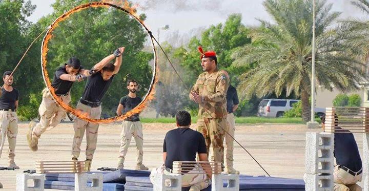 الموسوعه الفوغترافيه لصور القوات البريه الملكيه السعوديه (rslf) - صفحة 27 Pakistan%2BArmy%2Bsoldiers%2Btraining%2BSaudi%2BArmy%2Bin%2Bview%2Bof%2Bthe%2BIS%2Bthreats%2B3