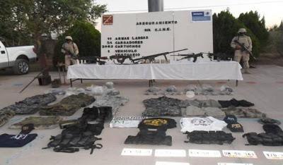Sonora - Decomisa SEDENA vestimentas militares y arsenal (Barret .50) en Agua Prieta, Sonora PERTRECHOS_DECOMISADOS_EN_AGUA_PRIETA