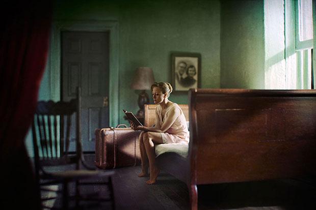 Motivos modernos (Pintura, Fotografía cosas así) - Página 4 Woman-reading