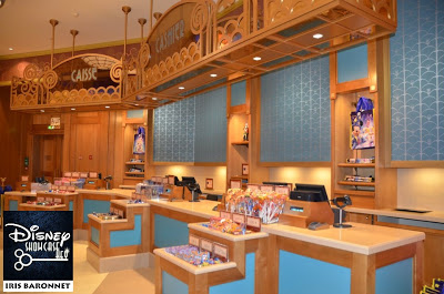 [Disney Village] Boutique World of Disney (12 juillet 2012) - Page 24 252724_4292064783761_1787104544_n