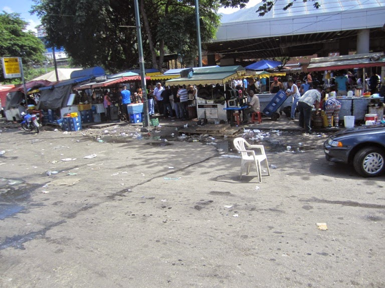 Luego de 16 años de revolución Caracas y la Guaria lucen muy mal  IMG_9490