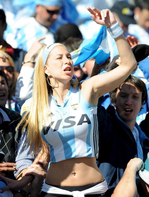 El topic del conflicto con Argentina - Página 2 Mujer-argentina-mundial-2010-773485