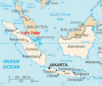 Lake Toba Supervolcano coming alive, hot steam, smelling like gas, ceramic floors houses feel hot!  Lake%2BToba%2Bsupervulcano_%2BSinabung_Indonesie%2B%25281%2529