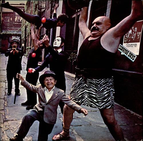 Ce que vous écoutez  là tout de suite - Page 6 The-Doors-Strange-Days---Re-231714