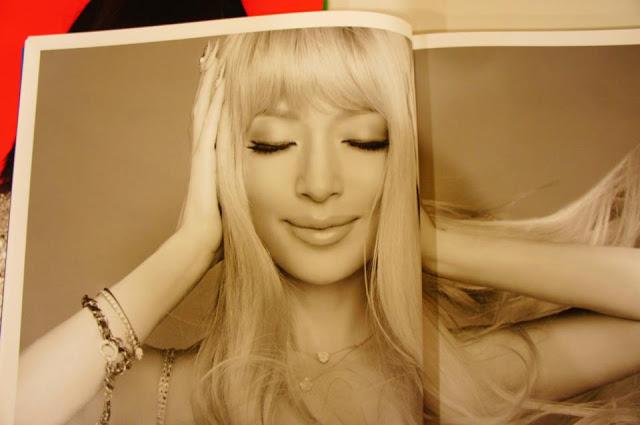 """Ayumi Hamasaki >> album """"FIVE"""" - Página 9 431558_3475650091683_1284132297_3481919_2090761878_n"""