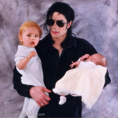 Novas fotos da infância de Prince e Paris Bgppjn