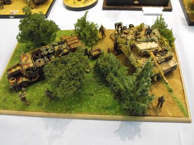 Maquettexpo : La table de Kitmaquettes DSCF2240