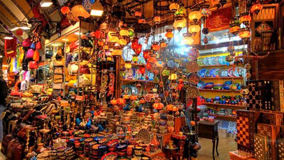 Turska - Page 2 Grand-Bazaar-Istanbul-Turkey