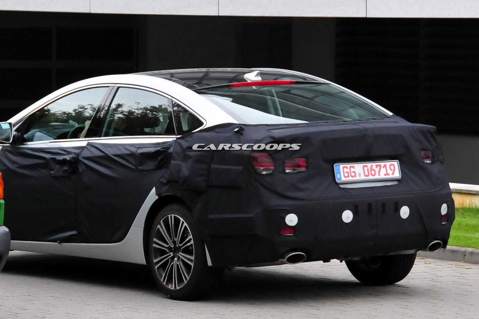 2015 - [Hyundai] i40 Restylée - Page 3 2015-Hyundai-i40-Sedan-FL8