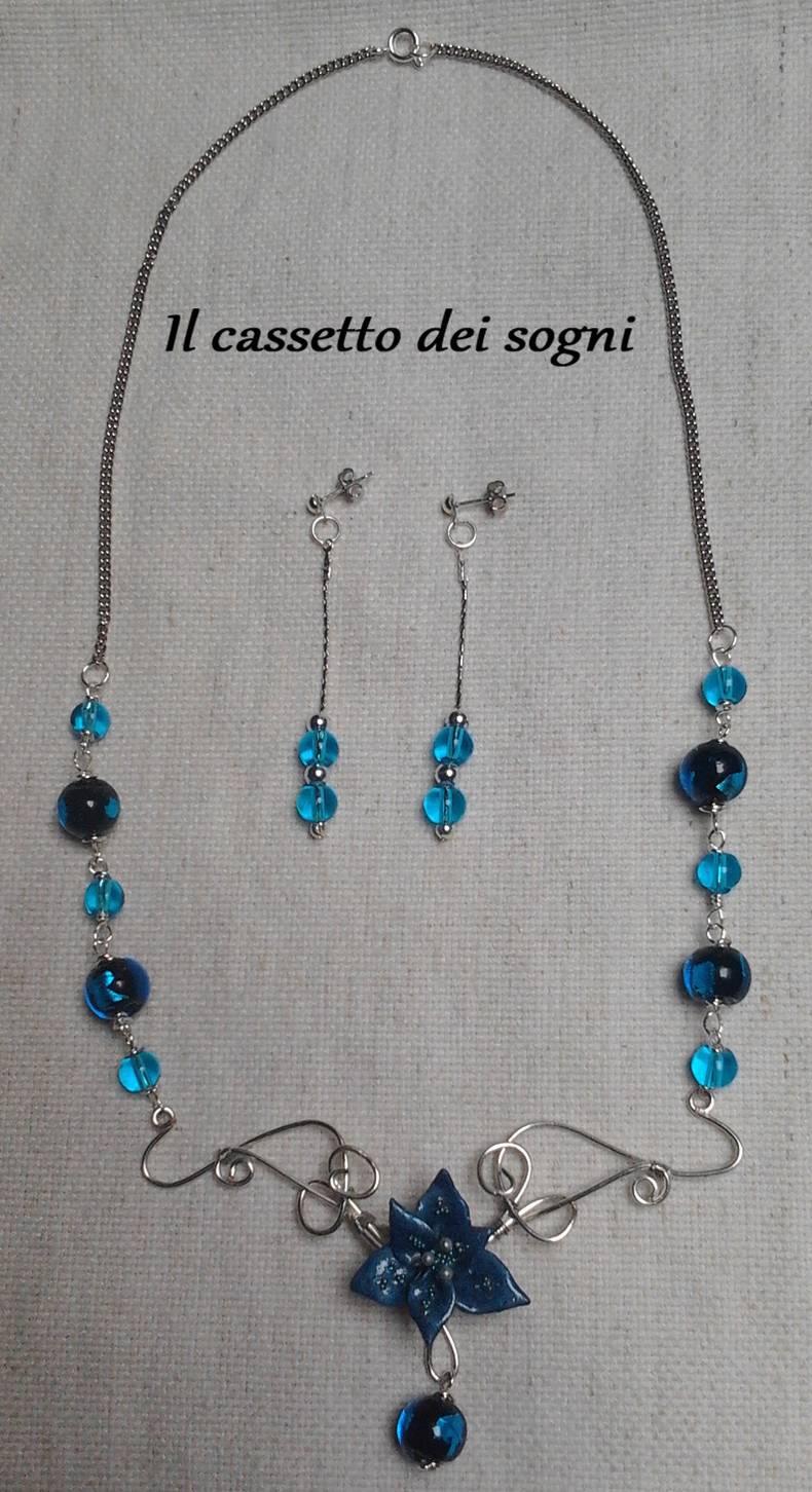 Parure blu. Blu