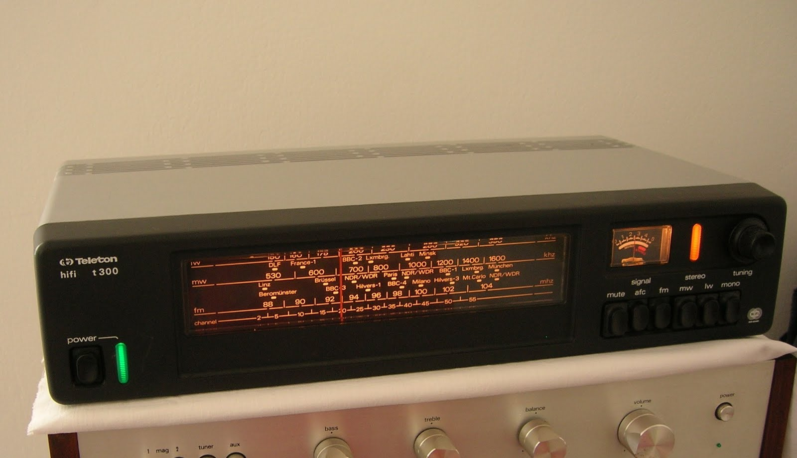 Sintonizadores Mitsubishi%2Bteleton%2Bt300%2B011