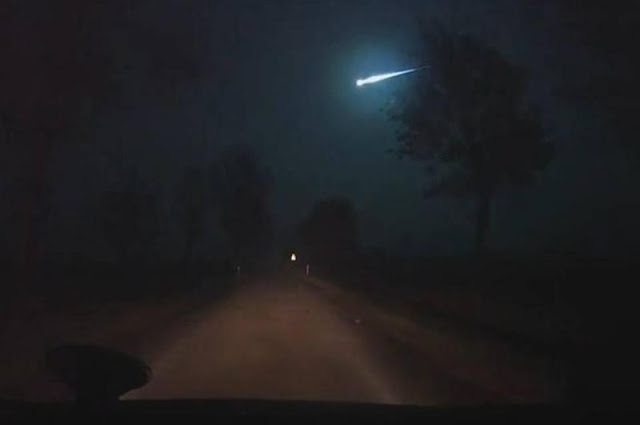 'Fire in the Sky' | Spectacular 'fireball' over Poland!  Fireball%252C%2Bmeteor%252C%2Bmeteorite%252C%2Bcomet%252C%2Basteroid