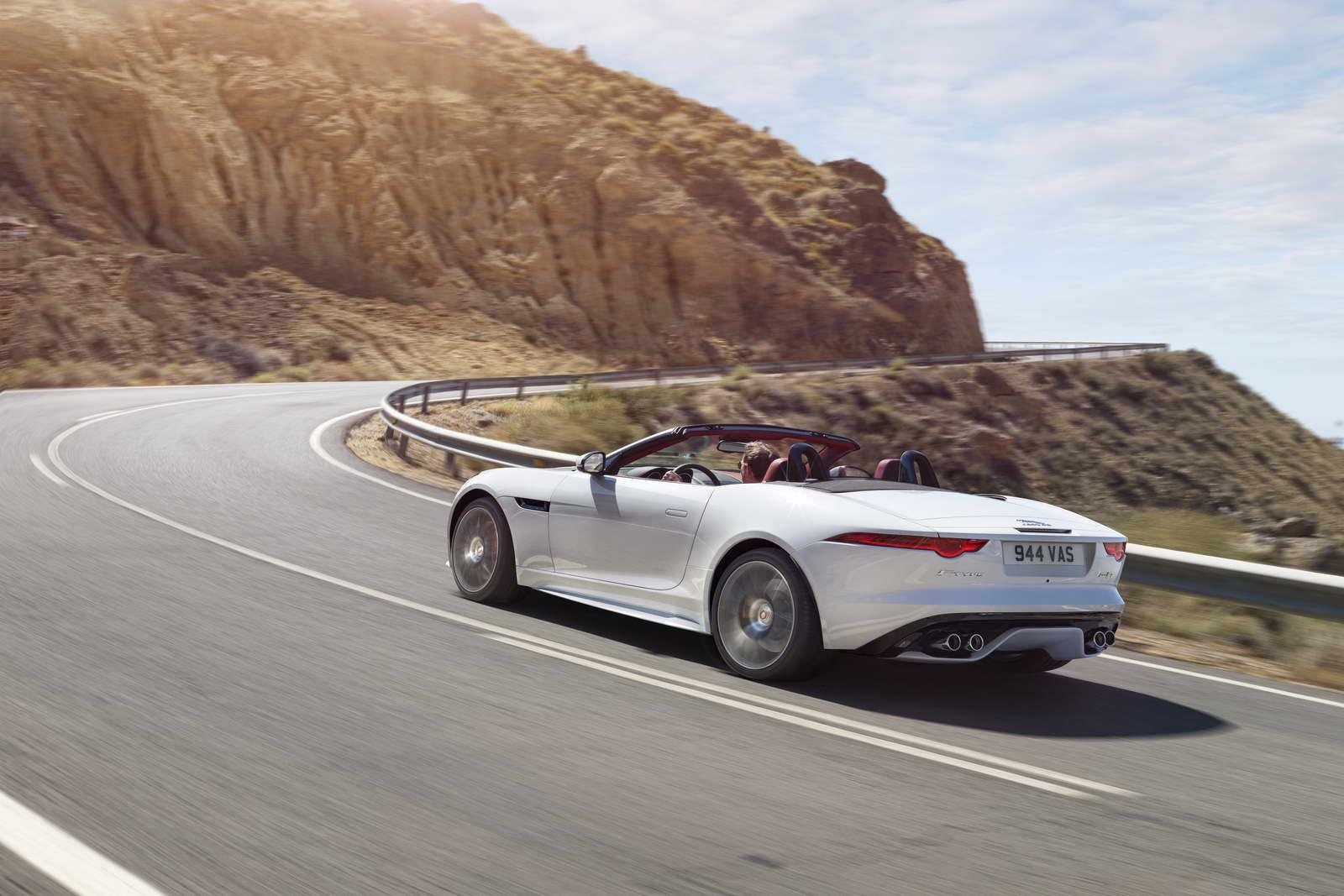 2012 - [Jaguar] F-Type - Page 14 AWD%2BR%2BGlacier%2BWhite_02