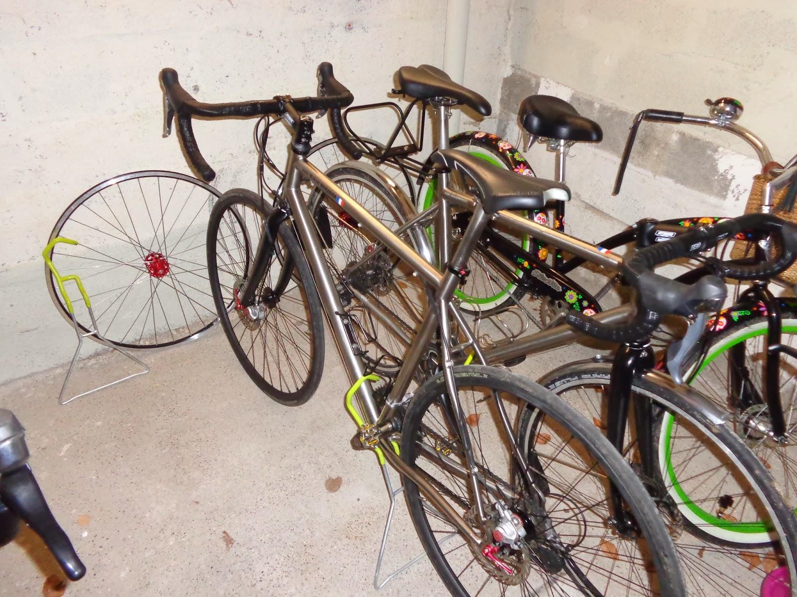 les vélos de la brigade - Page 2 DSC00086