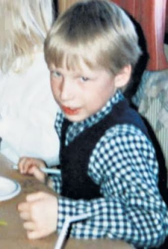 Random Mass Shooting related Photos Anders-breivik-boy-age-photo%2BAnders%2BBehring%2BBreivik-Utoeya%2Bgunman