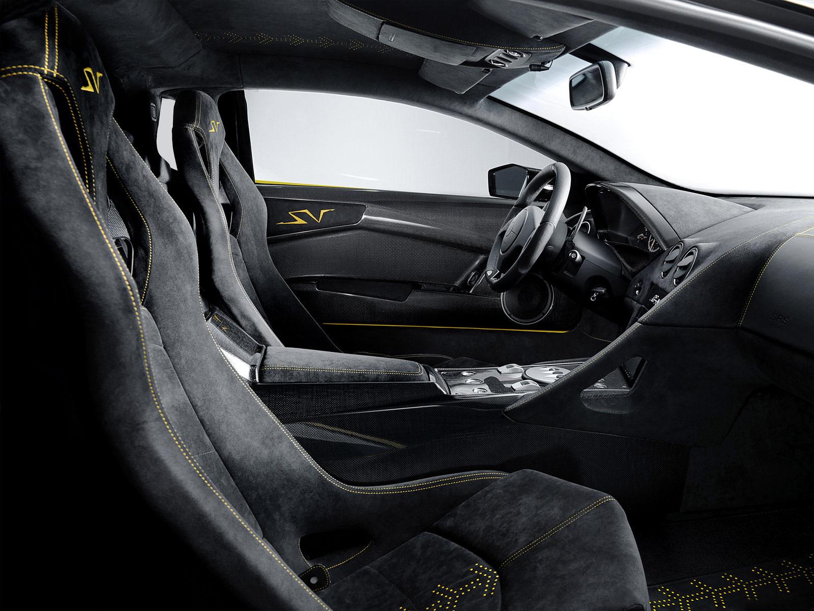 Rivestimento interni - Pagina 2 Lamborghini_lurcielago_lp670-4_superVeloce_5