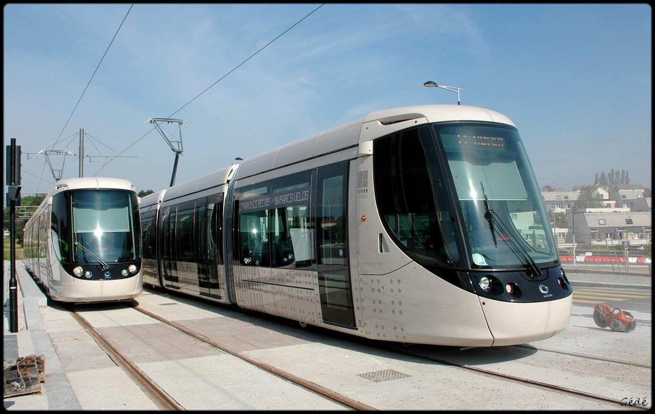 De nouvelles rames de Tram pour 2011-2012 - Page 11 DSC_0250