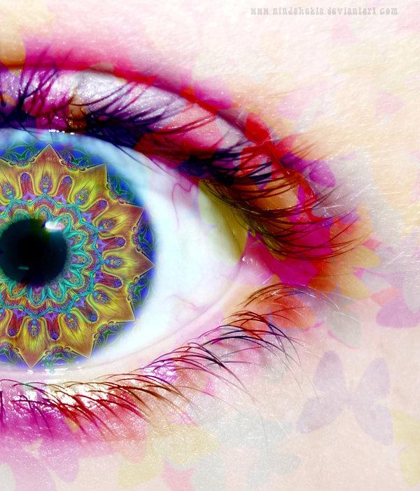 Que voyez-vous quand vous fermez les yeux ? Kaleidoscope_Eyes_by_ninjahekla