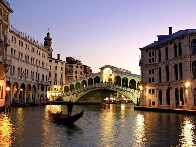 رحلة إلى مدينة القوارب البندقية '' فينيسيا  Venice_italy-209023