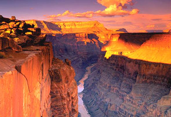 உலகின் அழகிய இயற்கை பிரதேசங்கள்! The-Grand-Canyon