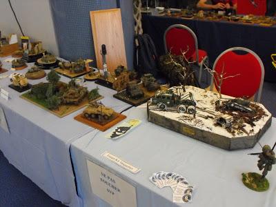 Maquettexpo : La table de Kitmaquettes DSCF2224