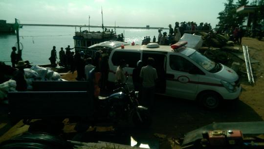 Ngư dân Lý Sơn đột tử trên biển Ngu-dan-dot-tu-tren-bien