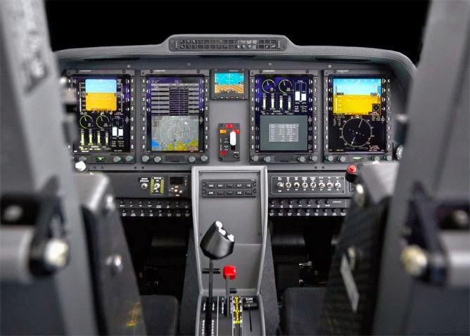 aeronaves - La Fuerza Aérea Mexicana compra 25 aeronaves turbohélice Grob G120TP. - Página 5 Cockpit_TP_04_13-08af67d2