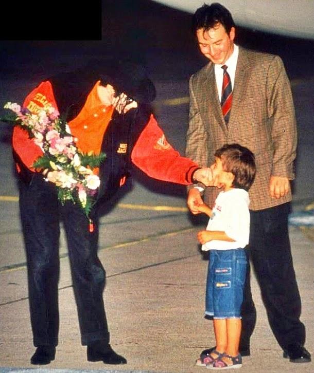 Foto di Michael e i bambini - Pagina 22 Beautiful%2Bpictures%2Bfotos%2Blindas%2Bmichael%2Bjackson%2Bblog%2Bcartas%2Bpara%2Bmichael%2B(19)
