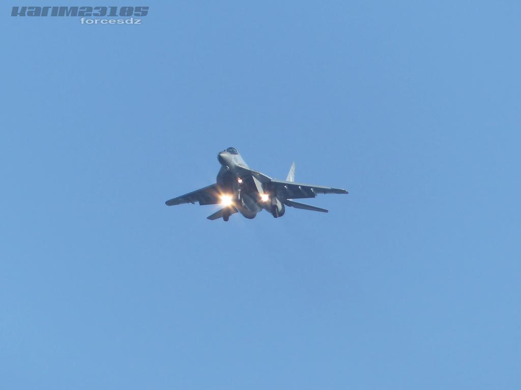 صور طائرات القوات الجوية الجزائرية  [ MIG-29S/UB / Fulcrum ] B