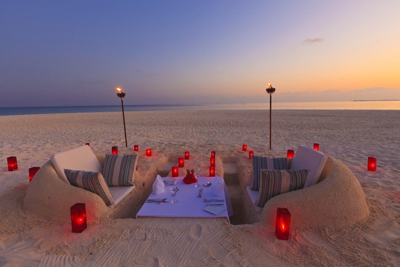 Rincones para soñar Cena-romantica-playa