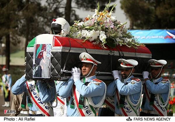 هل تعرفون من هو الطيار الايراني حسين علي رضا لشكري ؟ 5_8805210821_L600