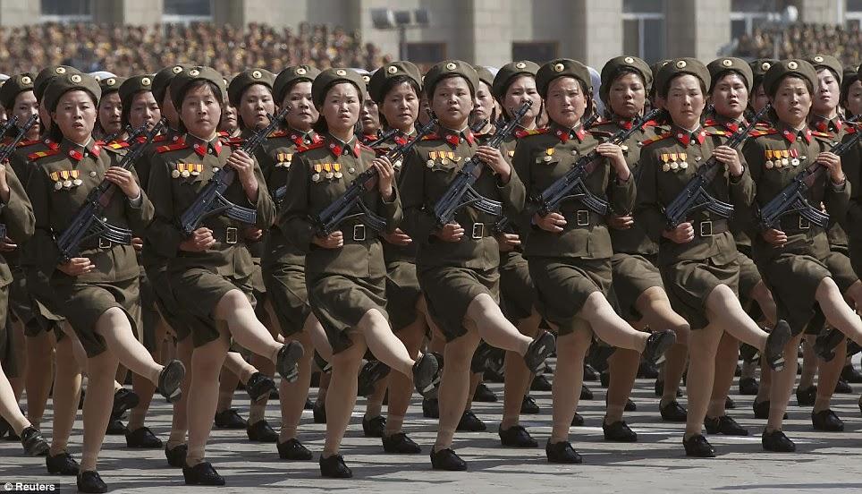 Spot the barracks - Page 2 North%2Bkorean%2Buniforms