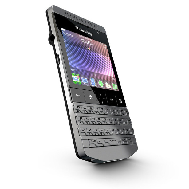 هاتف BlackBerry Porsche Design P'9981 Blackberry-porsche-design-p9981-phone-2